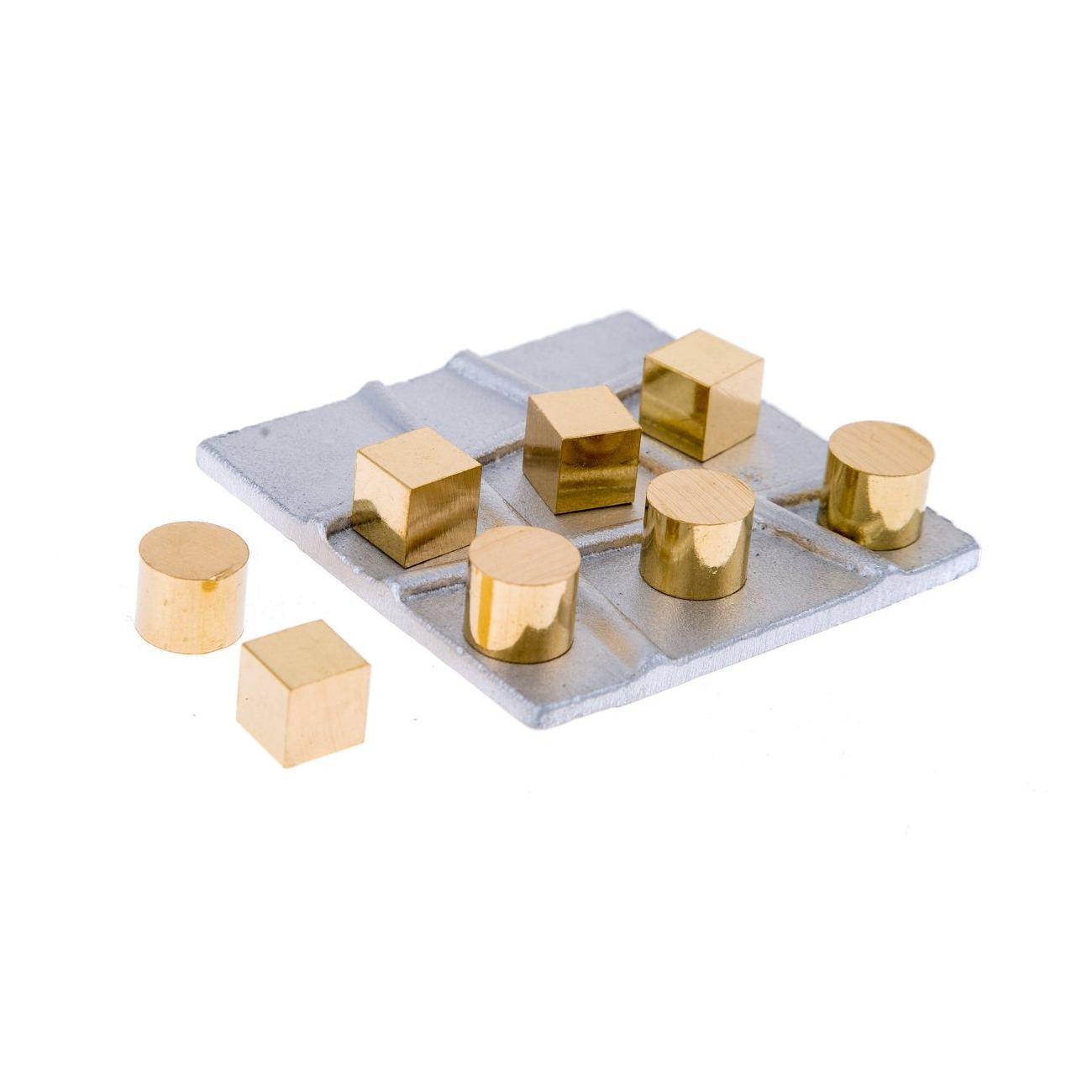 Tic tac toe board game handmade metal decorative ornament for Aluminum decoration