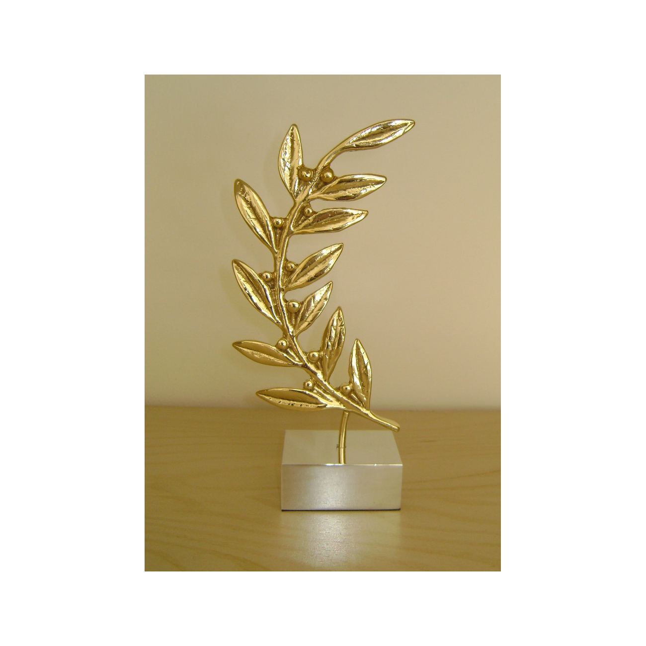 Branch - Handmade Bronze Table Ornament - Style B