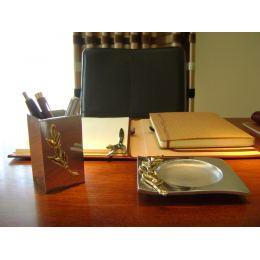 Σετ Αξεσουάρ Γραφείου - Μολυβοθήκη & Τασάκι με Κλαδί Ελιάς