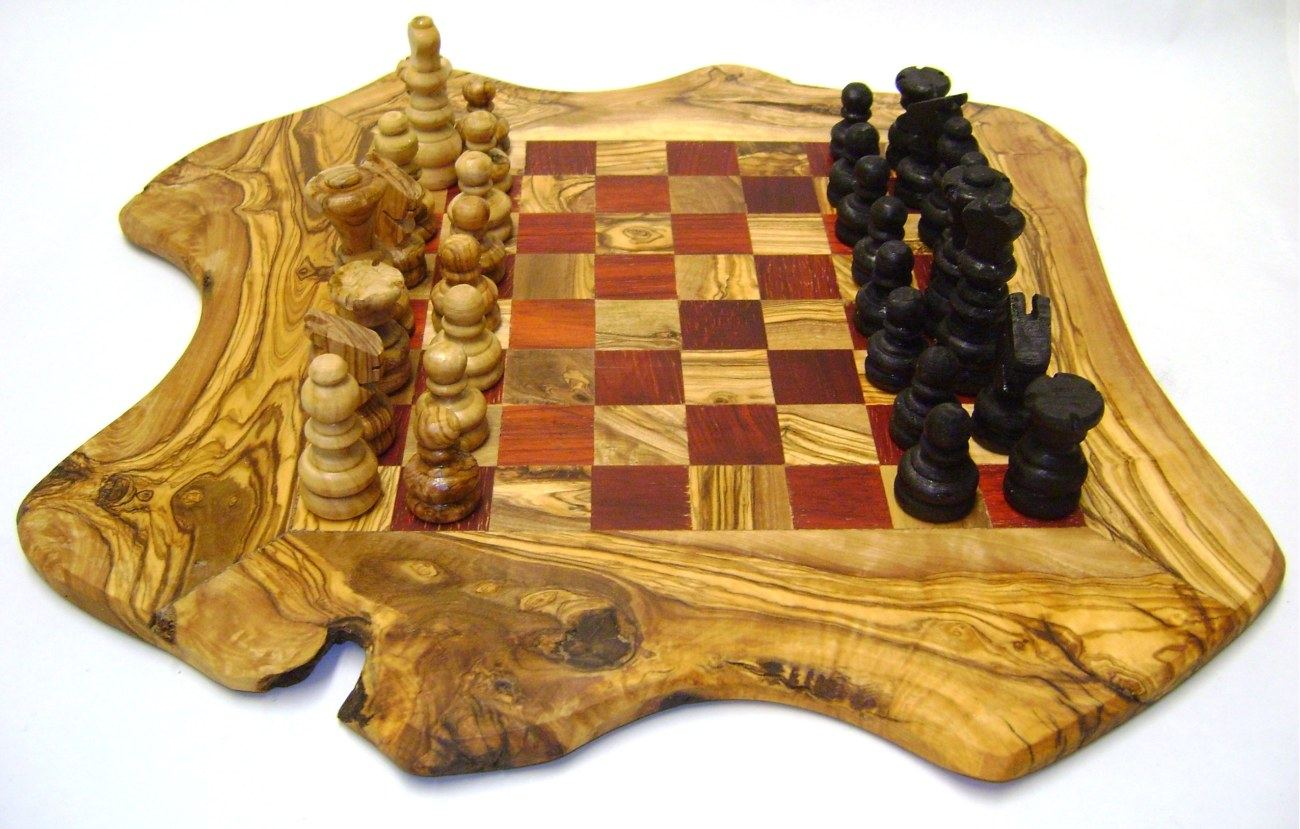 Chess Set Handmade Rustic Style Red